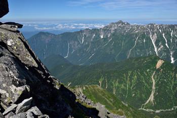 DSC_4619南岳の上りから笠ヶ岳.JPG