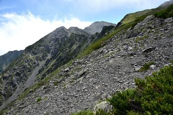 _DSC_9622_01中白根の登りから間ノ岳.JPG