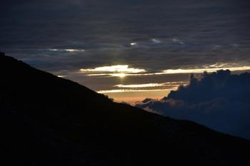 _DSC_9774_01雲間から太陽が.JPG