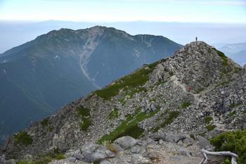 _DSC_9872_01北岳頂上から仙丈.JPG